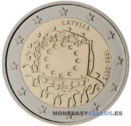 Letonia-2-€-2015-Bandera